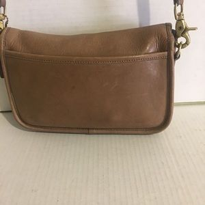 Coach Bags - Coach Vintage crossbody beige leather handbag